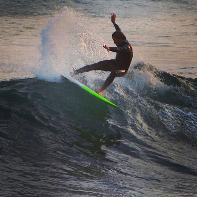 Welcome to the team Chris O'Brien ! ripping rockview on the peanutter. photo credit: T.Fox #awesome #awesomesurfboards #surf #surfing #surfboards #teamawesome#peanutter#santacruz
