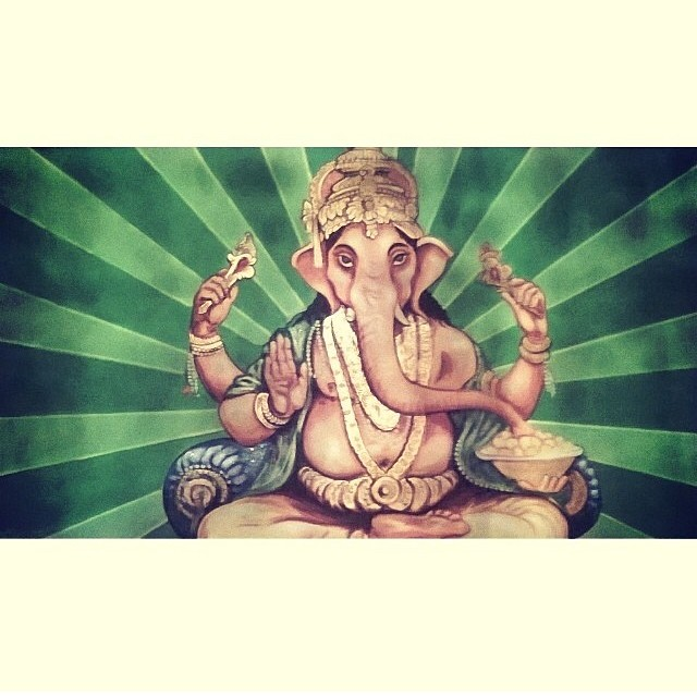 Jai Ganesha #inspration #localhoneydesigns #thinkbig #concentrate #liftyourselfUP #retainGOOD #throwawaybad #efficiency #adaptibility #controlEGO #controldesire #worldatyourfeet #peacefullyacceptgoodandbad #blessedpath #TALKLESS #cutoffattachment...