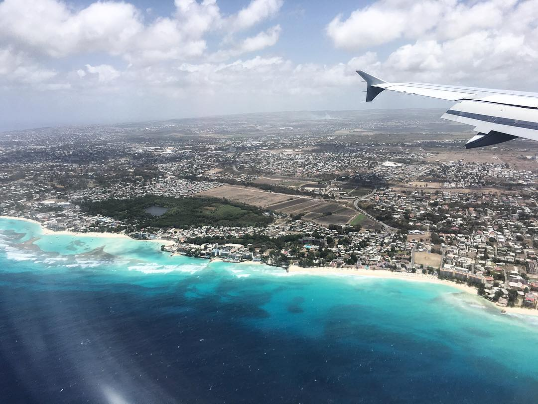 Landing in #Barbados. The forecast: bikini weather for @alexandracheney, who's taking over our Instagram. Follow her account and here too, and tag a friend you'd like to go island hopping with! #odinaadventures #alexgoestobarbados