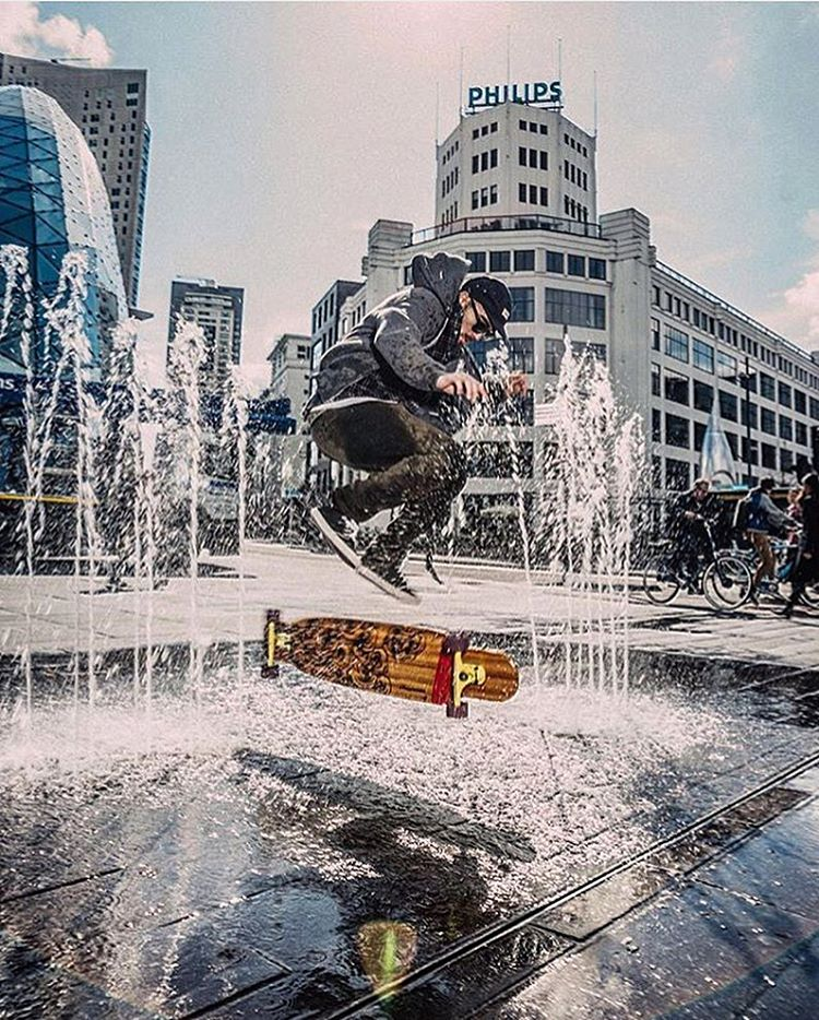Spring showers. Even if it's not raining @danielsamsagaz makes a splash. Flippin' through a fountain on a sunny afternoon, everyday is a good day.  Captured by:@unai_bellamy  #paristrucks #paristruckco