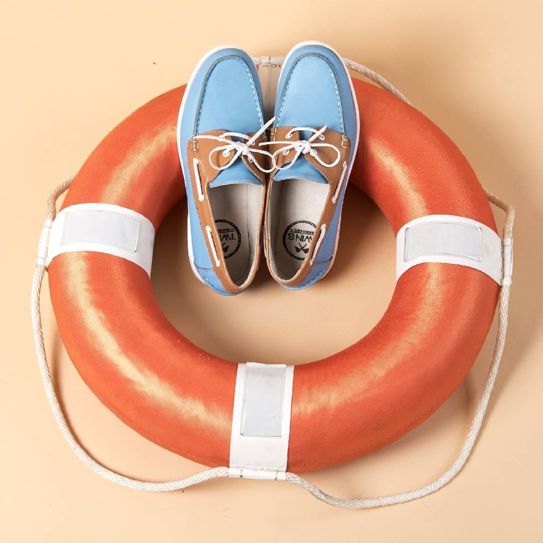 Sailing time, sailing day, sailing shoes!  Próximamente en Netshoes, hoy encontralos con un 20% de DESCUENTO en www.twinsdw.com en hasta 12 cuotas.  #TwinsStyle #Sailing #sailingshoes #navegacion #navegar #nautica #ocean #mar #playa #verano #summer...