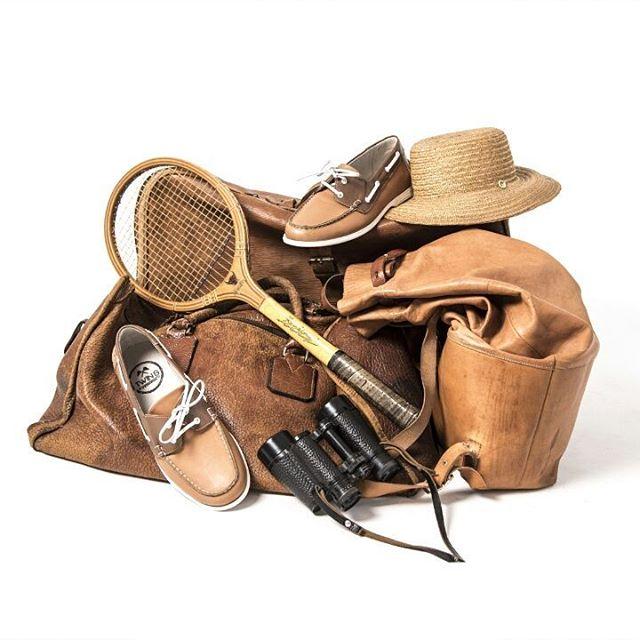Safari, tenis? Elegí tu estilo usando Twins!  #TwinsStyle #marron #modahombre #instasafari #cuero #calzado #men #menshoes #safari #tenis #tennis #picoftheday