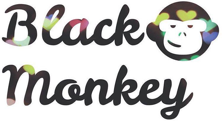 Feliz día les deseas Black Monkey a todas esas mascotas que nos dan tanto pidiendo tan  poco!