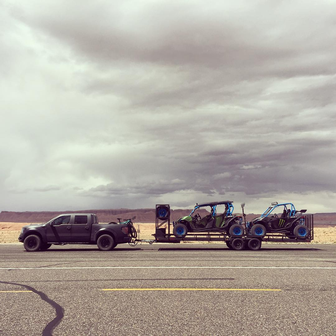 Roadside snap of my Can-Ams loaded up behind my Ford Raptor during my transit back home after a solid weekend of desert fun. Stoked that there are incredible places like this just a few hours from my house in Utah. #solidsetup #Utahrules #FordRaptor...