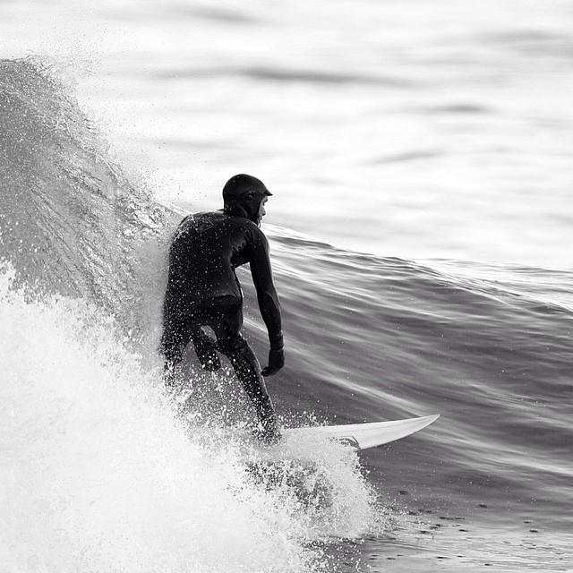 Wave rida #coldasf #coldwatersurf #winter #instagood #photooftheday #like #picoftheday #instadaily #ig #instasurf #webstagram #bestoftheday #follow #igdaily #newengland #surf #surfing #wave #water #bnw #monochrome #bw #insta_pick_bw #bestbw #insta_bw