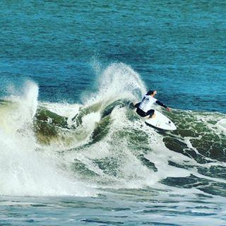 @nico_hermida en La Paloma #gotcha #surfing  Ph: Lean Barsocchini