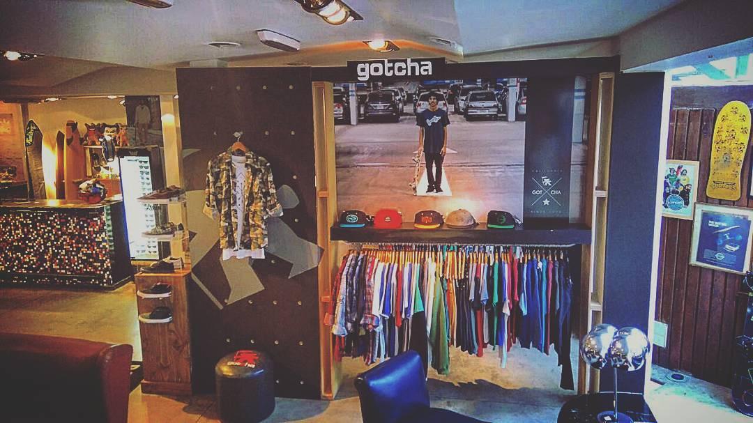 Consegui toda nuestra colección en @loriaskateshop #gotcha #iconsneverdie
