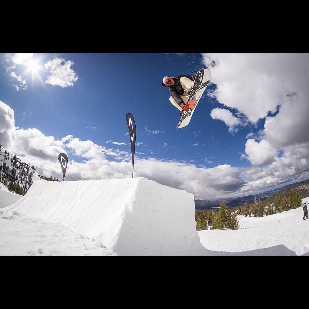 #superpark20  quarter pipe to quarter pipe transfer @nial_romanek