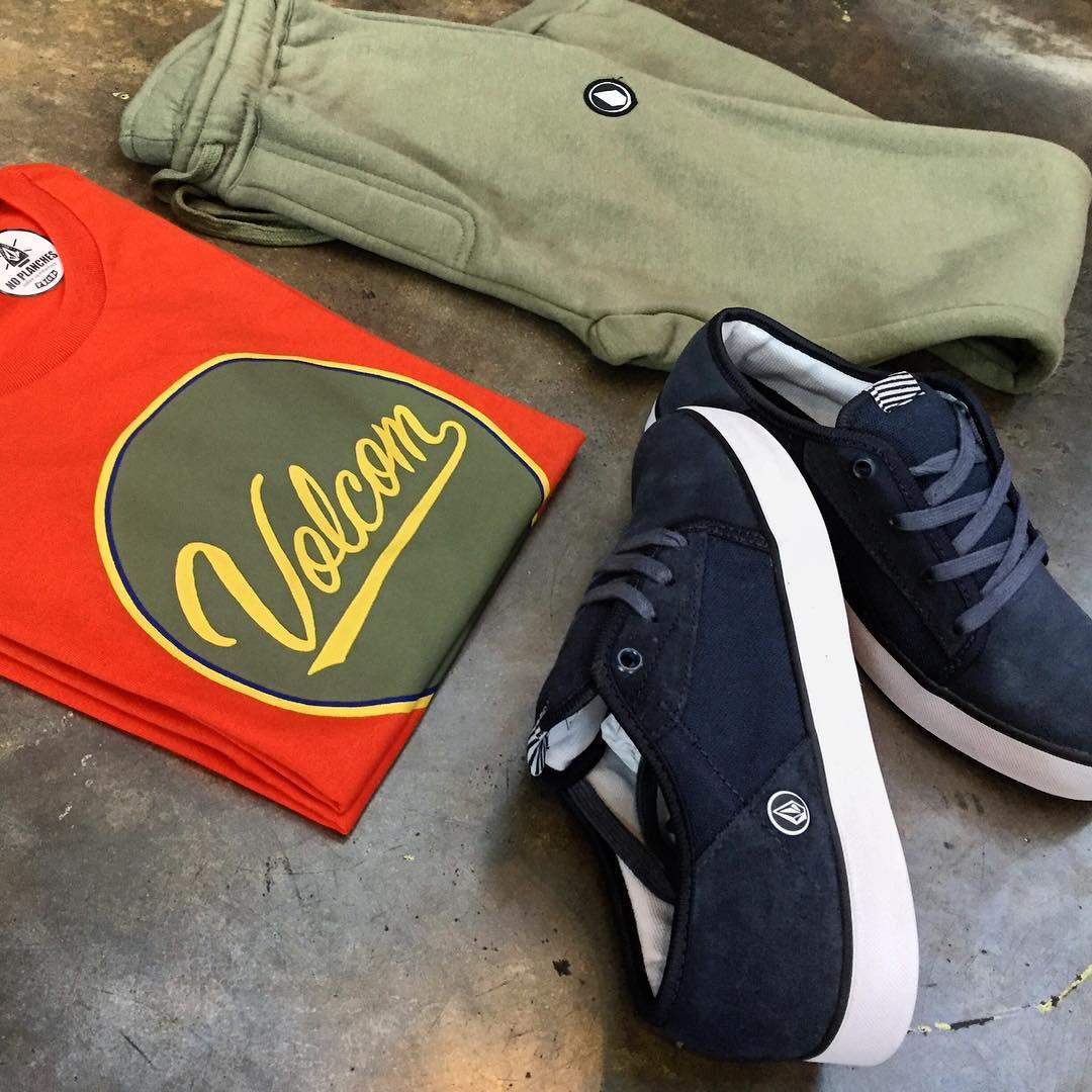 Conoces la colección de chicos? #volcomyouth hay zapatillas a partir de 35. #volcomfootwear #aw16 #truetothis
