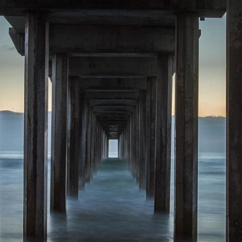 ulu LAGOON helps you capture that surf wax scent that helps you live the coastal lifestyle we all love to live, without compromising your style. Coastal beauty at Scripps Pier, San Diego, California By ulu fan @danpulido11