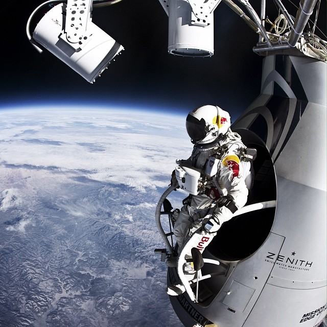 Live right now: q&a with the @redbullstratos team and @rdio, followed by never before seen POV video and documentary. Http://win.gs/stratosanniversary