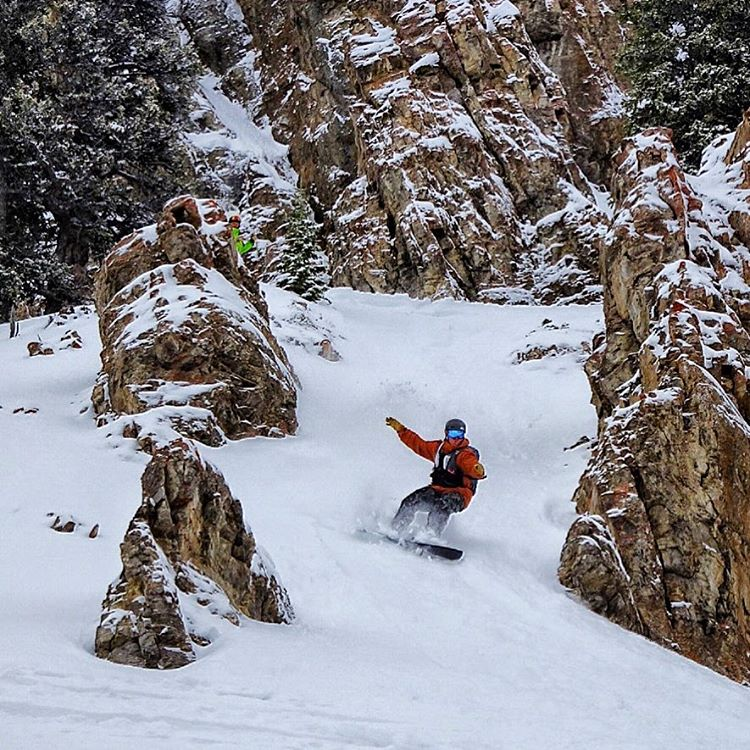 When in doubt, just point it.  @francosnowshapes putting one of his custom boards to the test. #avalon7 #followthestoke #liveactivated www.avalon7.co