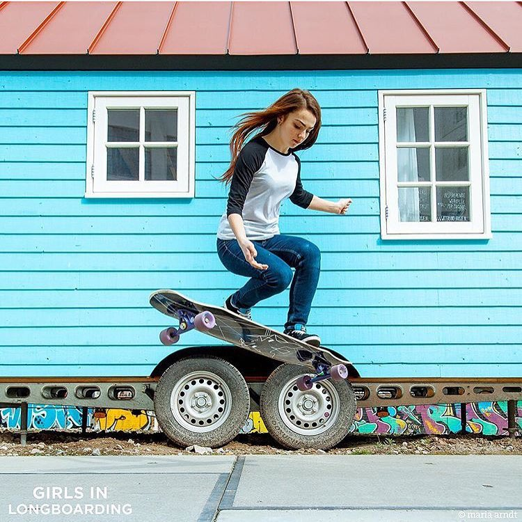 @girlsinlongboarding just released their new photo shoot with Russia's @katevoynova! Give both of the a follow cause they are rad ⚡️ Photo @girlsinlongboarding  #longboardgirlscrew #womensupportingwomen #skatelikeagirl #girlsinlongboarding #katevoynova...