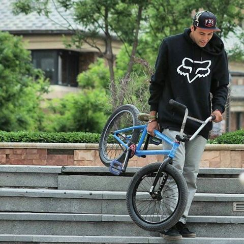 @victorpulgarbmx: Comenzando una Nueva semana y nada mejor que conociendo Nuevos lugares Live to Ride Bmx