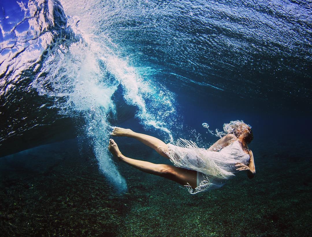 . break  free .