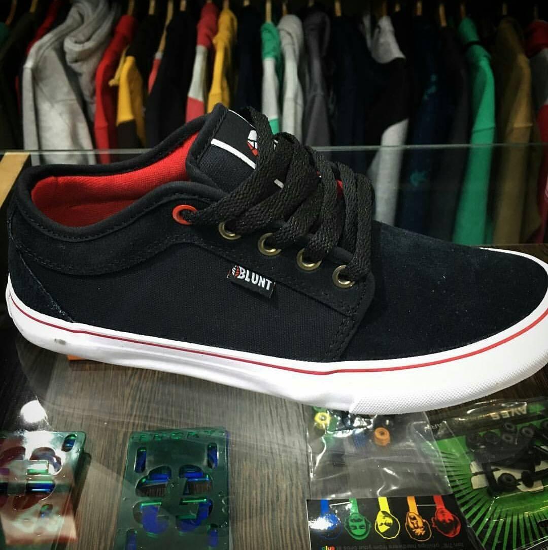 Nuevas #BluntFootwear mod. Breda.. todas las BLUNT a menos de 1000 #AvStaFe3679
