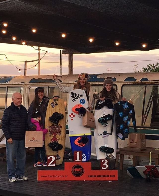 Nuestra #teamrider @sofygrimauu otra vez en el podio. Congrats!!!❤ #wakeboard #wakeboarding #wakegirls #wakepark #cablepark #cablewakepark #championship #nationals #lake #lakelife #lifestyle #boardsports #champion #reef #hudson #argentina