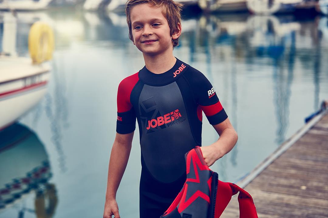The youth is the future! That is why Jobe offers various youth wetsuits, like the Progress Rebel 3/2.5. It features neutron flex neoprene and keeps them safe while they can release their inner rebel. #keepthemsafe #little #waterfanatics