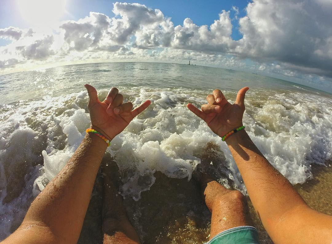 Rocky waves call for extra balance #livelokai
