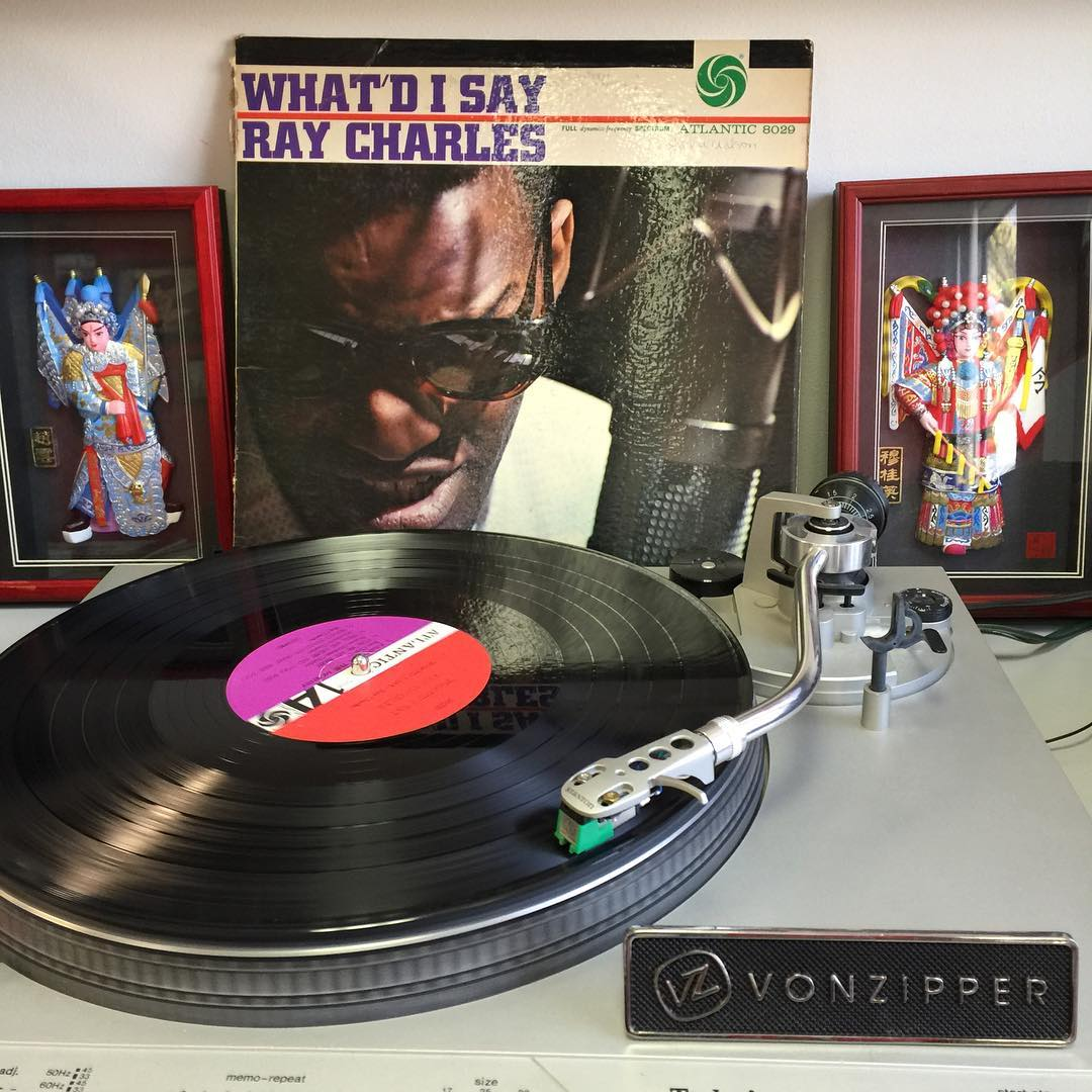 Time to put your dancing shoes on! It's #TurntableTuesday and we are jamming to some good vibes with #RayCharles this morning!  What are you listening to? Hit us in the comments below!  #VonZipper #SupportWildLife