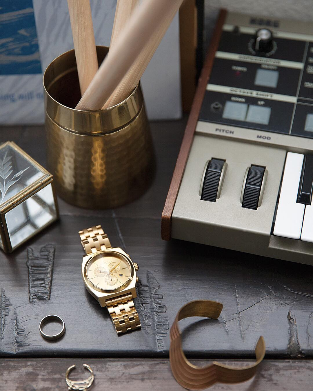 More of a good thing, a gold thing. The #TimeTeller Chrono. #Nixon