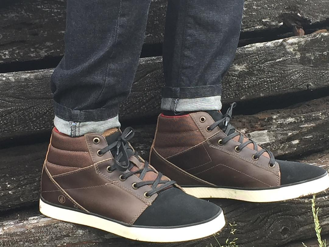Grimm Mid Brown #volcomfootwear
