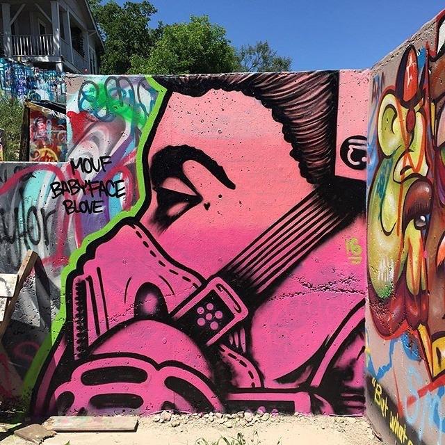 @jasoneatherly #queeneli • • Photo cred: @donniebrasco512 • • #atx #austintx #texas #art #streetart #ltd #jasoneatherly #spratx #graffiti