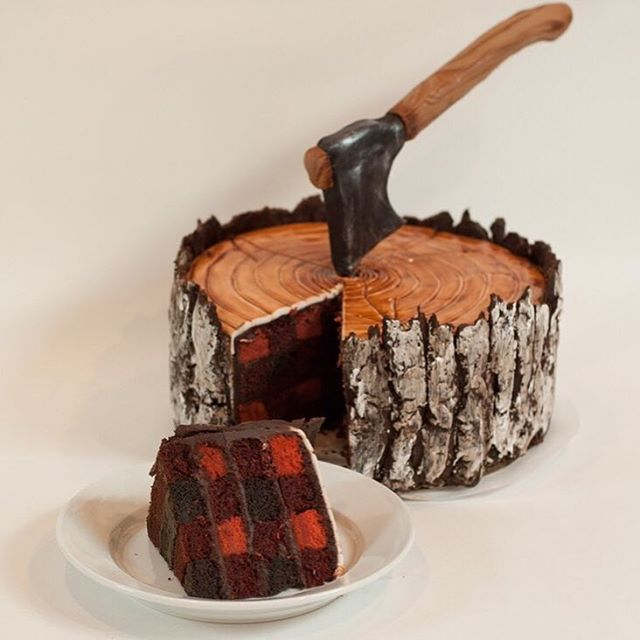 We think @alisonvinolycakes got it right with the cake for our Pladra party. Who wants a piece?  #cake #plaid #lumberjack #dessert