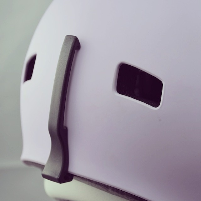 Our Freeride model is triple-certified. Detail of our streamlined goggle clip, removable for when the snow melts! #xshelmets #skatebikeboardski #skihelmet #snowboardhelmet #lilac #womenshelmet