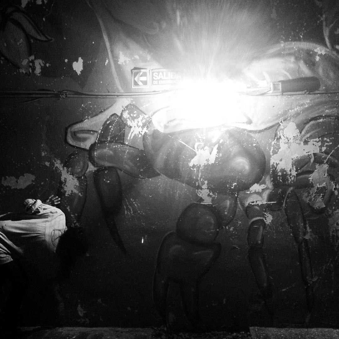 Somos luz cuando amamos #darte #mural #streetart
