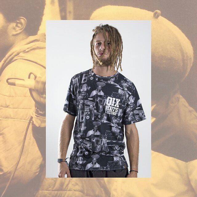 Camiseta Qix Roots Print Sound System Disponível nas melhores lojas do país e em nossa loja virtual. Confira: lojaqix.com.br  #Qix #Roots #Tshirt #soundsystem