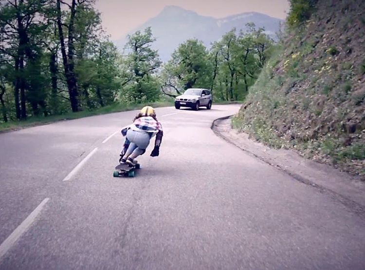 Go to longboardgirlscrew.com to check our @lgcfrance Ambassador @lydebegue's newest run shot by our friend @mstr.pan!  She's one of the fastest women in the planet with one of the smoothest styles. Take two minutes & enjoy!  #longboardgirlscrew...