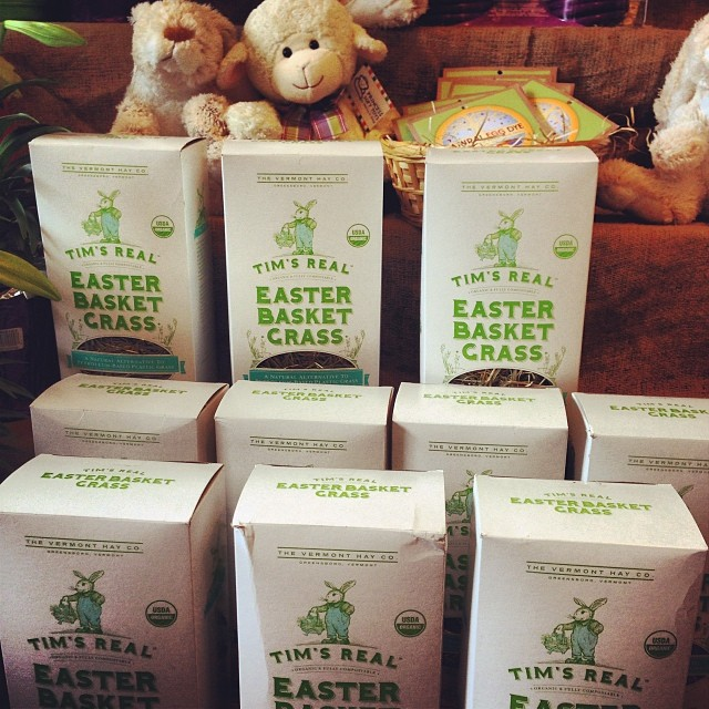 With #Easter just around the corner, it's time to swing by your local @WholeFoodsMarket to pick up a box (or more) of Tim's Real Easter Basket Grass! This #organic, #Vermont grown Easter grass is the perfect alternative to the stretchy, wasteful...