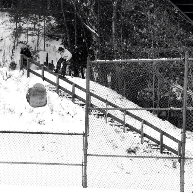 @cbuckets shot by @thrashley_photo from #issue30 #steezmagazine #woodhandrail #urbansnowboarding #5050 #snowboarding