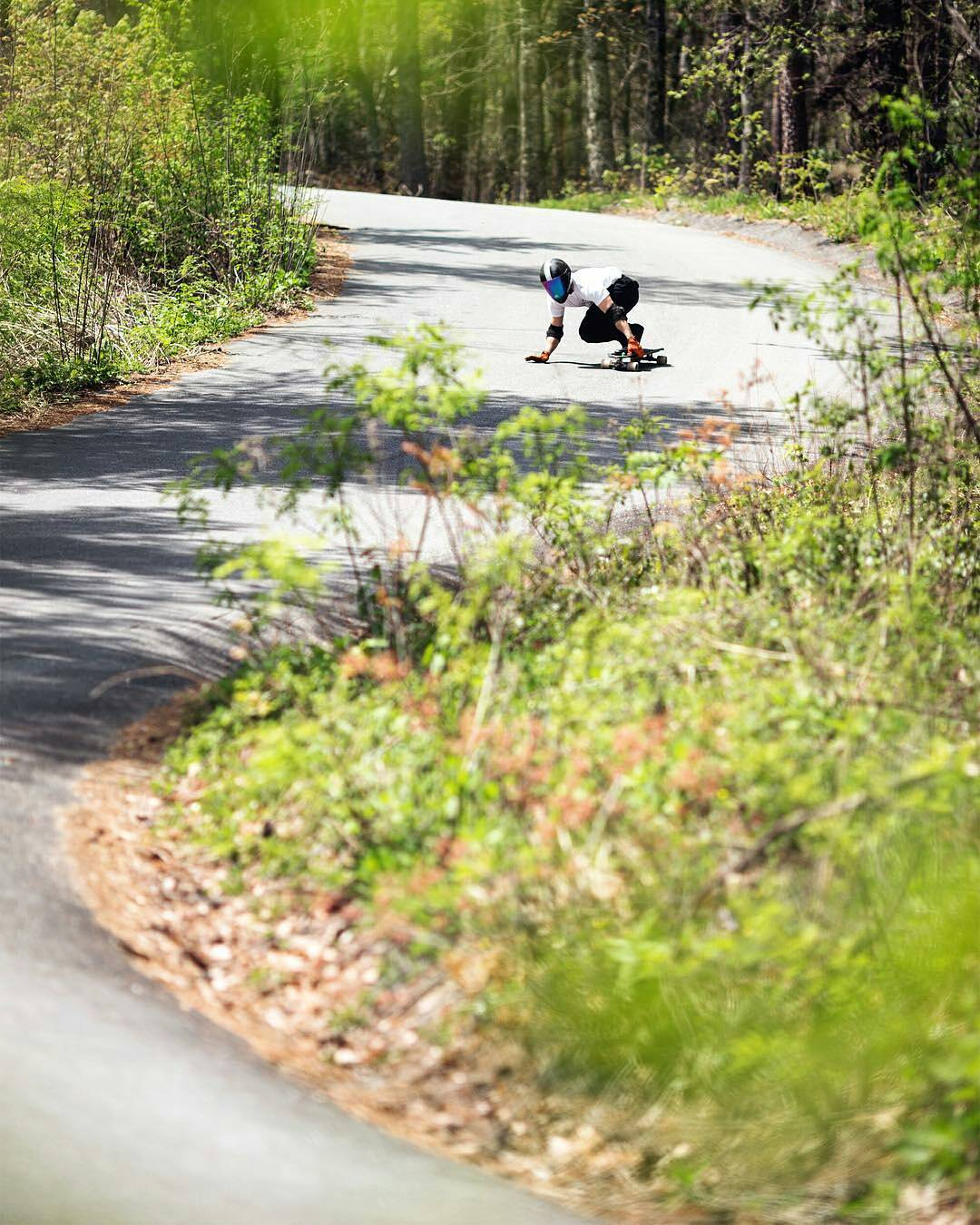 #PredatorHelmets Rider @niko_dh  Hitting some 'S' bends in the lovely sunny weather.
