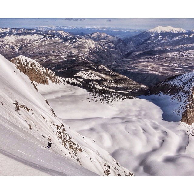 @jaywsss feeling pretty small on the NE face of #chairmountain. @oakley @dynafitna pic: @colterjh