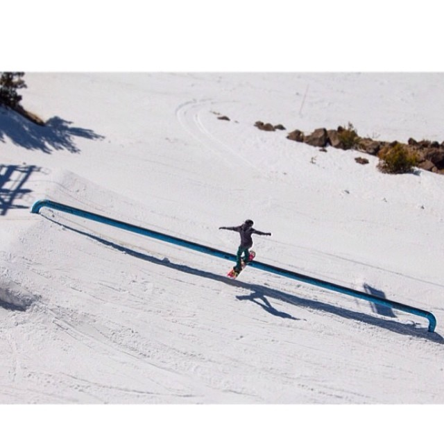 @gnar__marr kept it styley at @snowboardermag's #MsSuperpark @mammothmountain -  Photo: @djrndm  #ourladiesrip