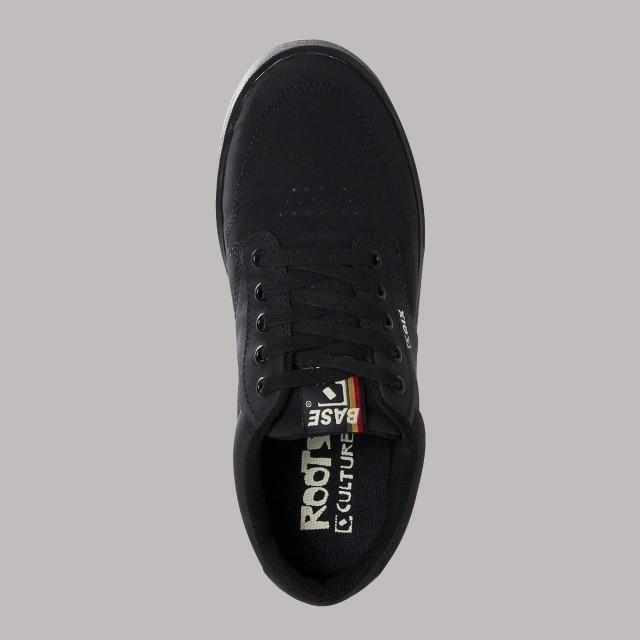Tênis Qix Base Roots: Absorção de impacto e mais estabilidade aos pés  Disponível nas lojas de todo o Brasil e também em nosso site: LINK NA BIO ⬆  #Qix #Skate #BaseRoots #Style