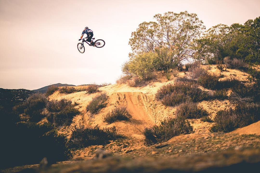 #Throwback #WhipitWednesday from our @kylestrait PR, Stoked to have Kyle back with #SixSixOne Stay tuned for some new product development #661Protection #ProtectFun Photo - Suspended Productions