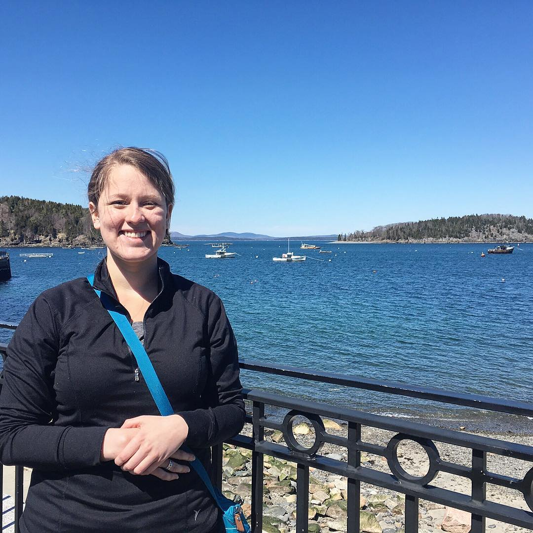 Trading salsa for seafood, Sara Cathey moved from central Texas to #Stonington, Maine to be our new Microplastics Analysis Assistant. Her background in biology, field research and ecology make her an awesome addition to the team.  So psyched to have...