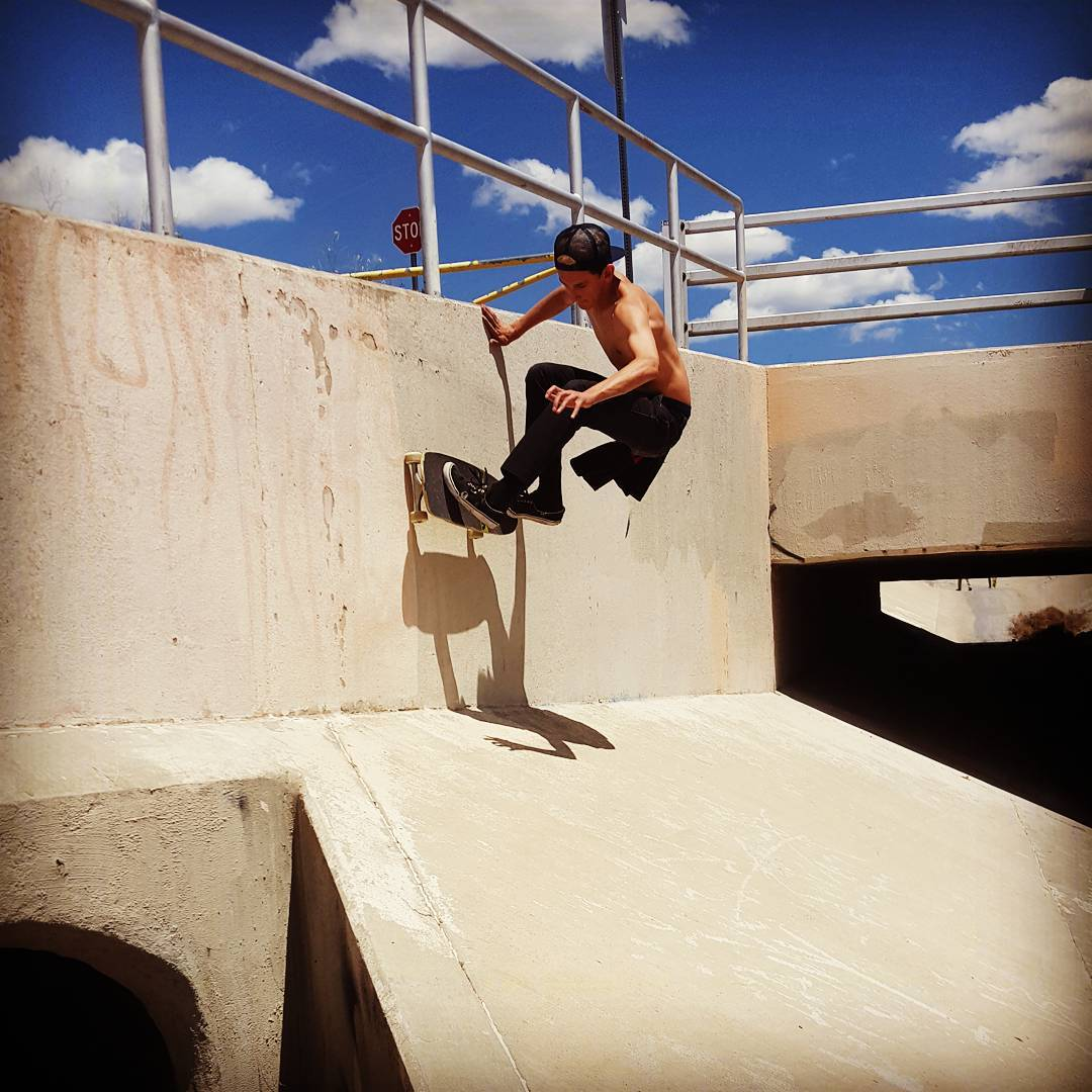 Sean Stratmeyer--@kurkylurk666 wall ride on the Da Kine!