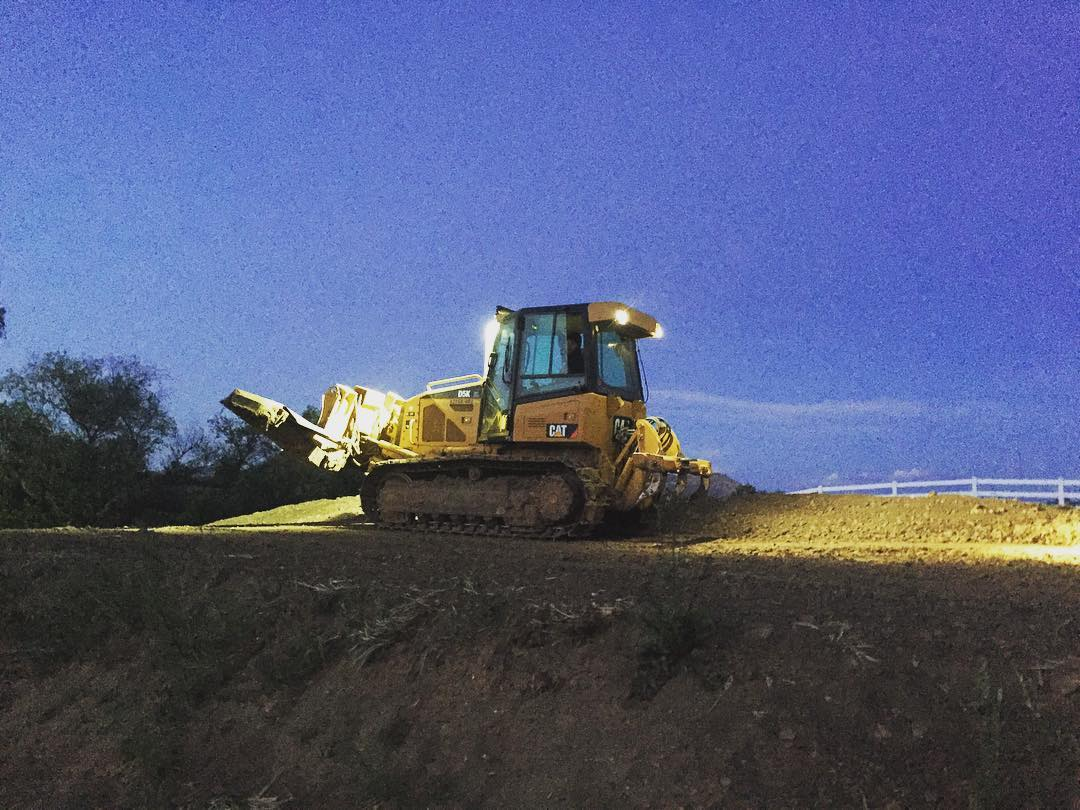 Late nights in the dozer. @kchilites lighting the way