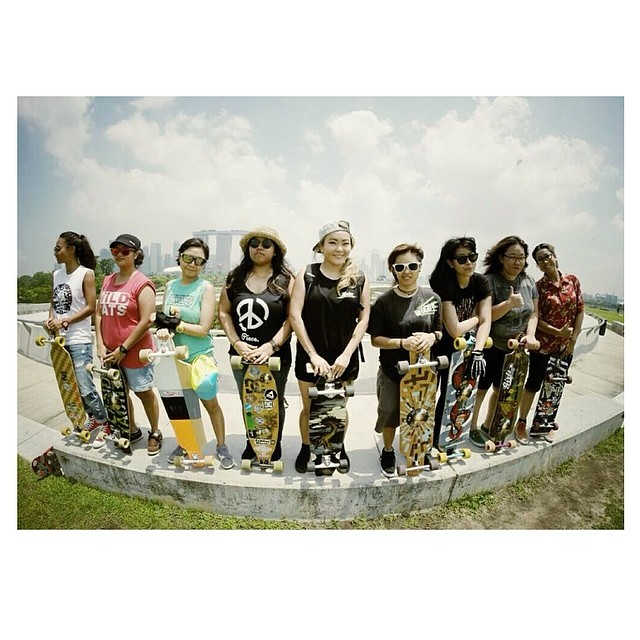 Go to www.longboardgirlscrew.com and check #lgc #Singapore sweet little edit from last week's cruise. Most of the times, it's just about getting together and having fun #longboardgirlscrew #skateforfun