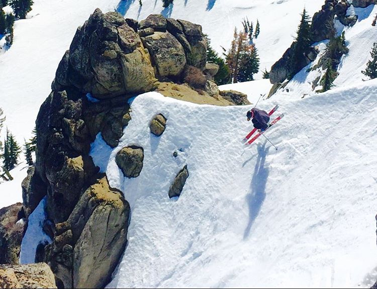@flylowdan airborne on Granite Peak @squawalpine Weds.  The spring skiing continues in Tahoe.  PC: @skiingrogge  #embracethestorm | #embracethedirt | #producttesting