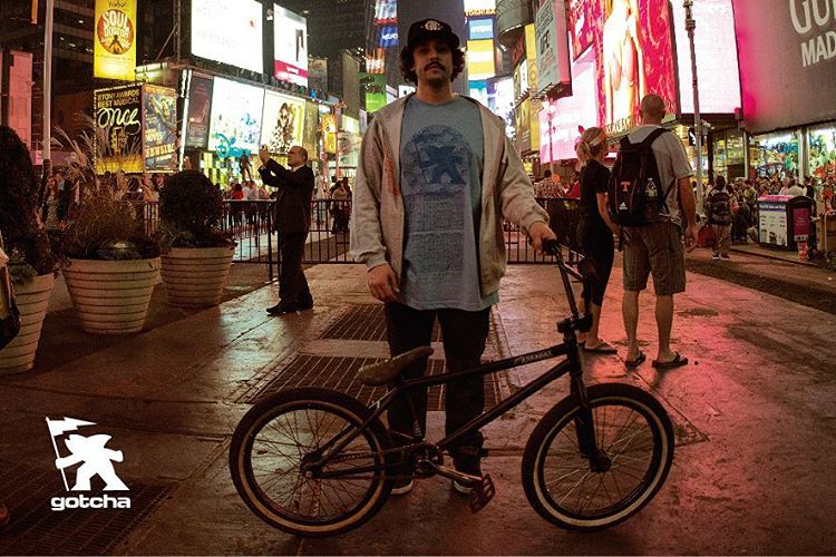 Julio Corpa - NYC  Ph: oic  #gotcha #bmx #iconsneverdie