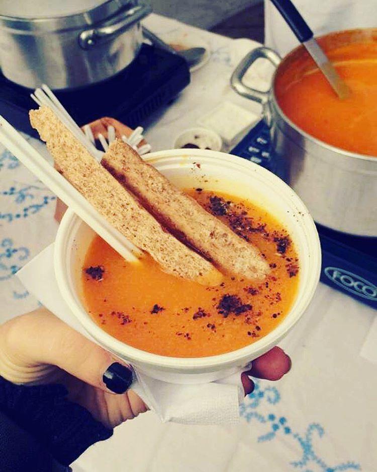 Rica sopita de zapallo, batata y especias como pimienta y jengibre. Ñam ñam