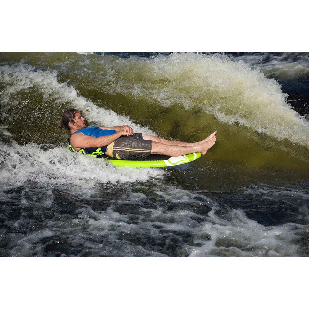 Sometimes you just want to wakesurf and chill... @drayhampson getting his SLAYSH on.