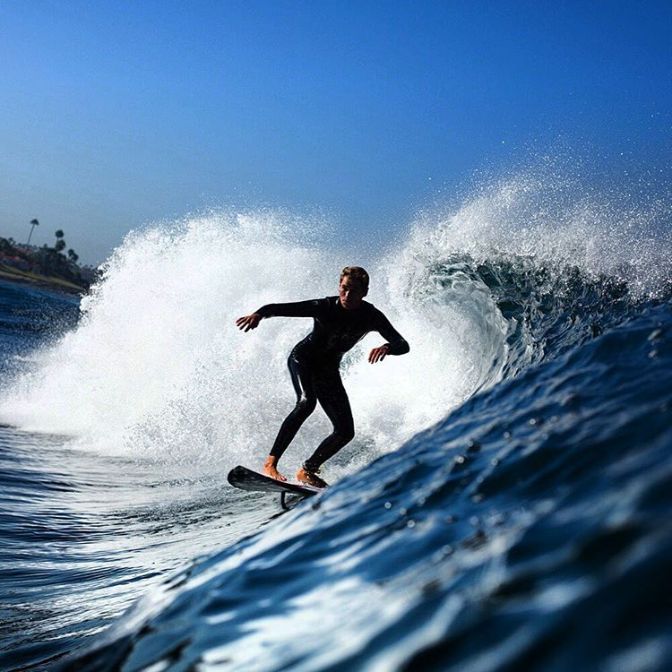 Matuse Family Member, @tristan_sully, in the Ichiban aka #geoprene aka the 3/2 Tumo Fullsuit. Send Fall 2016 product requests to amorvincit@matuse.com PC @gagehingeley #lovematuse #ckth