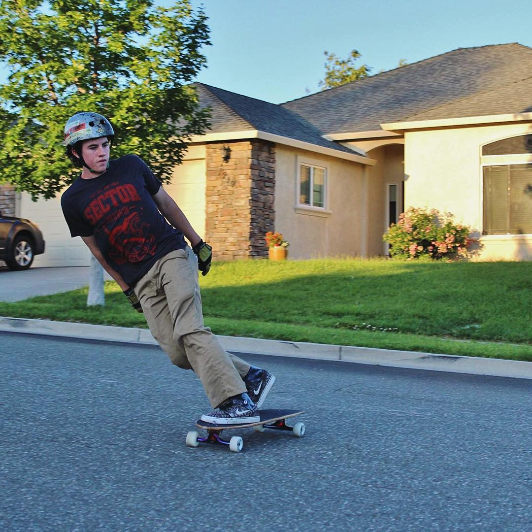 Casual Friday the 13th and #paristruckco flow team rider @jeffstewart31 is staying relaxed.  The weekend is here, don't take it for granted. Get out and skate!