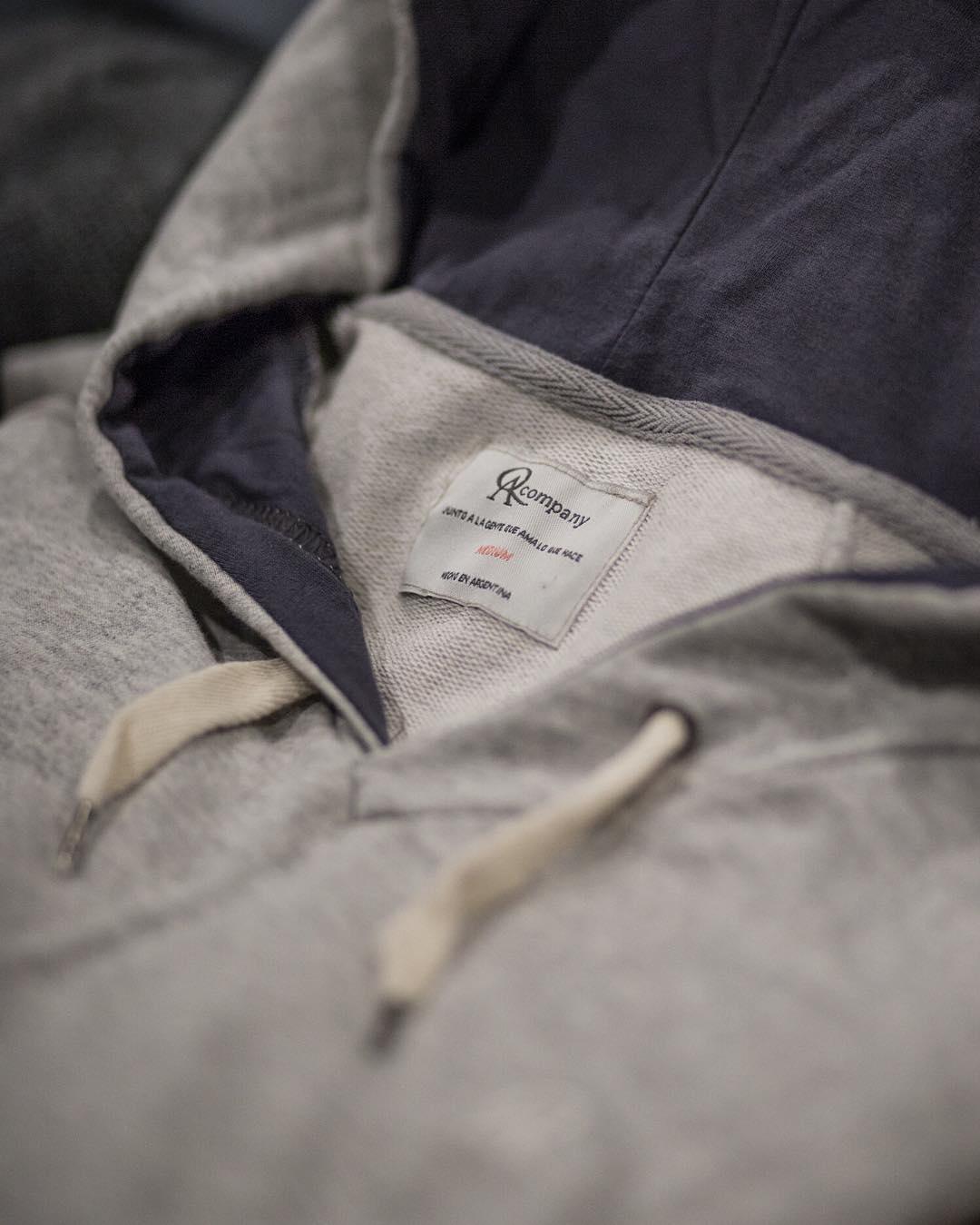 - La zona de confort nos incomoda -  Por eso, seguimos lanzando nuevos productos. Conseguilos en nuestros locales o Tienda Online [link en bio].